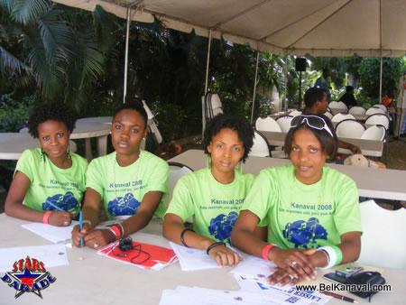 Haiti Star Parade Hotesses