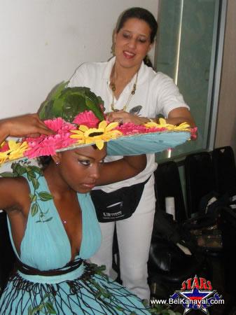 Haiti Star Parade, Sheila Et Son Mannequin