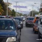 Gonaives Kanaval 2014 - Big Traffic Jam, more people more cars entering the city on Day One