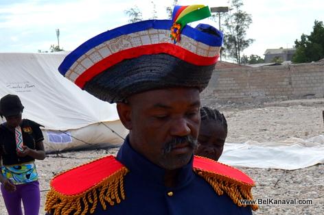 Gonaives Kanaval 2014 - Dessaline Pare pou monte cheval li
